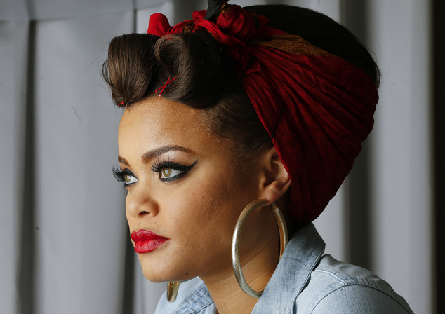 "Andra Day Continues to ""Rise Up"" at the 2016 Soul Train Awards"